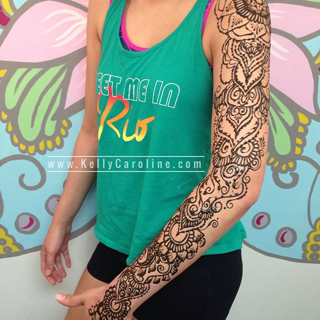 This gal drove 3 hours on her birthday today to get henna by us ! Her birthday gift to herself plus just in time for the second weekend at Electric Forest  . Studio appointments to book your summer henna 734-536-1705 kelly@kellycaroline.com . #henna #hennas #hennaartist #hennaparty #kellycaroline #michigan #michiganartist #dearborn #dearbornheights #mehndi #mehndidesign #tattoo #tattoos #ink #organic #hennadesign #hennatattoo #hennatattoos #flower #flowers #yoga #yogi #mandala #ypsi #ypsilanti #detroit #electricforest #ef