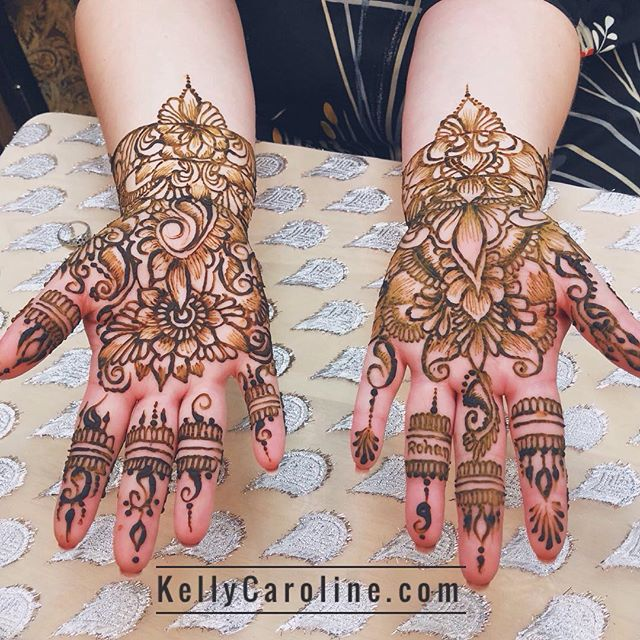 Bridal henna for a lovely bride in the studio today! Kelly@kellycaroline.com #henna #hennas #hennaartist #kellycaroline #michigan #michiganartist #dearborn #southasianbride #southasianwedding #indianwedding #desi #weddinghenna #dearbornheights #mehndi #mehndidesign #canton #tattoos #ink #hennadesign #hennatattoo #hennatattoos #flowers #yoga #yogi #mandala #desiwedding #annarbor #annarbormichigan #mehndi