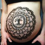 henna belly design, prenatal henna, prenatal henna tattoo, baby belly henna, pregnancy henna michigan, henna michigan, kelly caroline, mandala baby belly, belly blessing, baby shower michigan