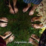 henna tattoo on feet
